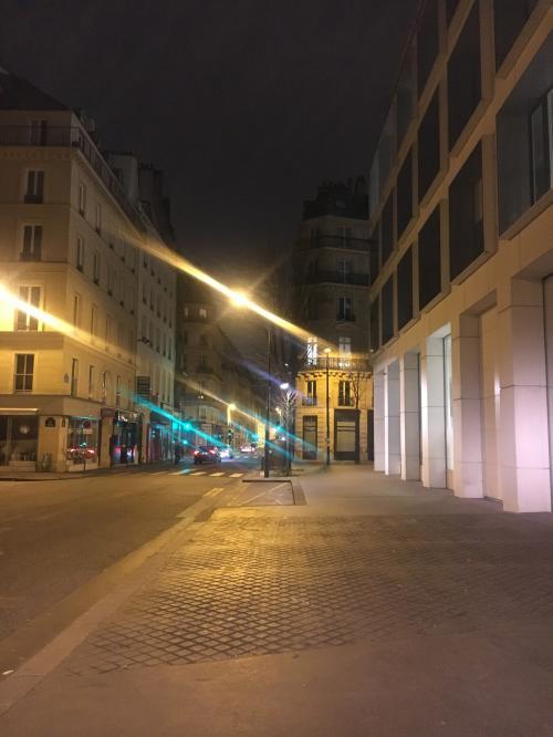 3日目スタート!この日もまだ暗いうちから活動です。街の煌めきが素敵。