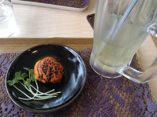 ホタテのウニ焼きが絶品 380円