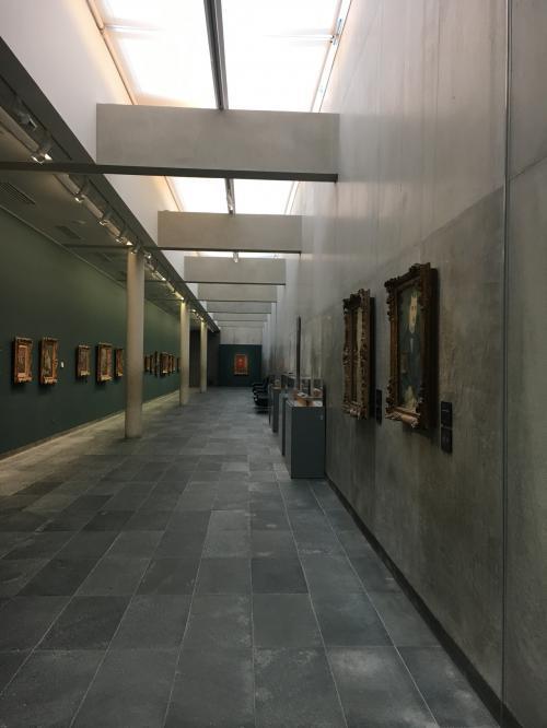 朝イチの美術館は本当に空いています。<br />あと、オランジュリー美術館はそこまで広くないので回りやすくよかった。