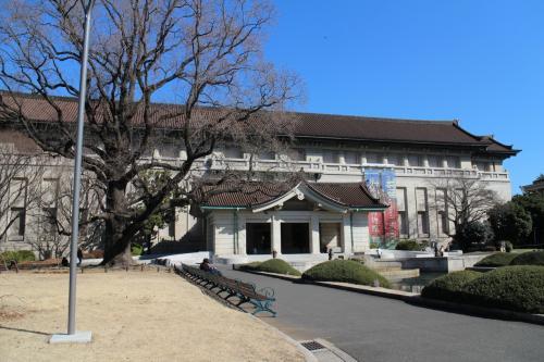 おなじみ東京国立博物館本館。<br />もう何度も行ったこと、ありますよね。<br />本館、東洋館、表慶館、法隆寺宝物館、黒田館・・・<br />すべてを見て回るのは無理・・・