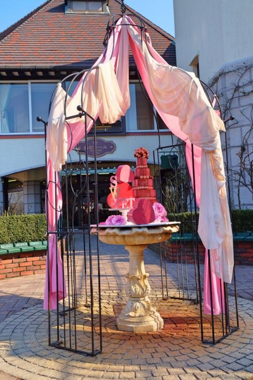 ガーデンの真ん中にあった「ハーブ園からのバレンタインギフト」☆彡