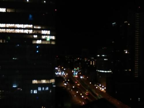 *カメラの性能が悪いので、ご了承を。<br /><br />夜景も綺麗です。