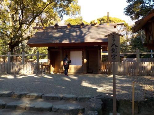 熱田神宮の中にはこのように幾つも神社があります。