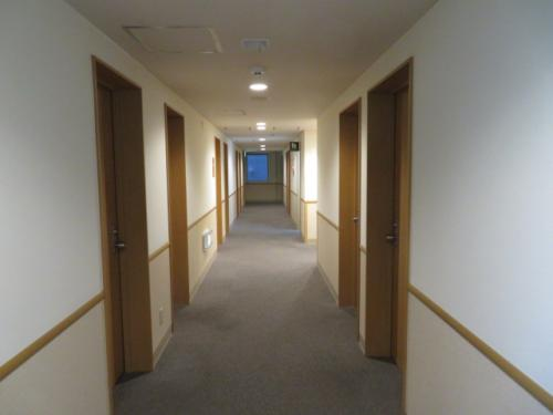 ホテルロコイン松山の廊下