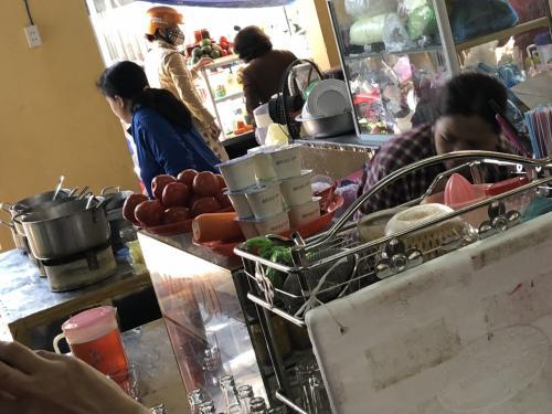 市場見学は地域によってどういう食材が使われているか確認できるので重要です。