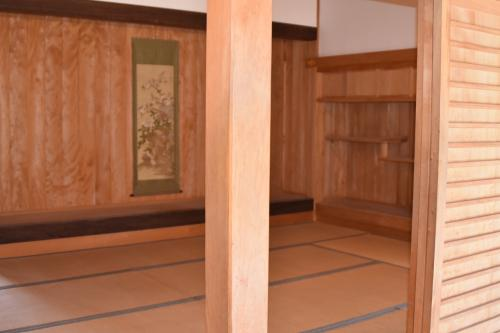 書院内部。日本式のお座敷。