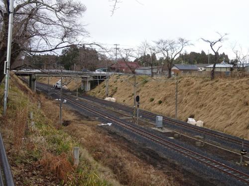 この駅は、線路の両側にあるツツジが有名。<br />でも、除染作業のために一旦伐採して、再度植え直すとのこと。
