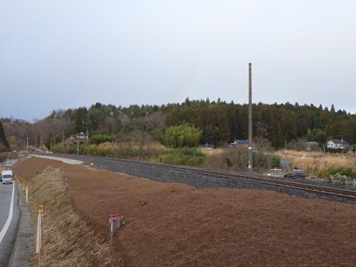 常磐線の復旧作業が進んでいた。<br />これから架線を引き直すようだ。<br />