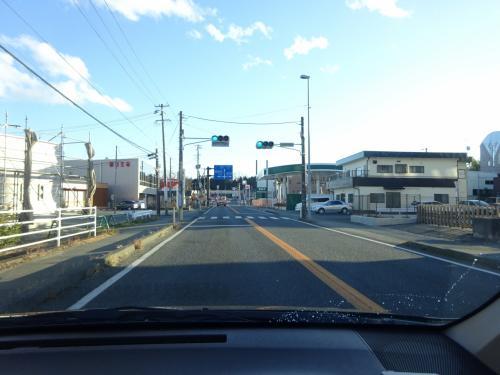 帰還困難区域から抜けて、富岡の町内まできた。<br />とともに、再び晴れてきた。<br />なぜ帰還困難区域走行中のみ雨だったのか?