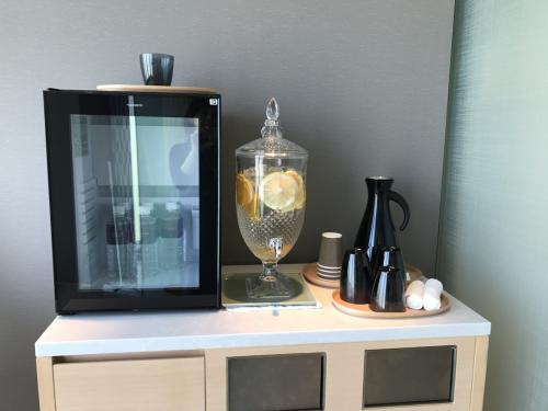 お水、フルーツ水もあります、 プラスチックのカップはイタリア製でした。