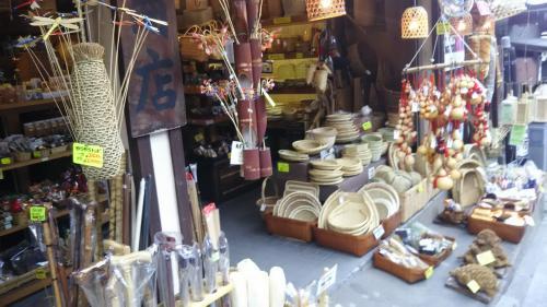 竹細工のお店。伝統を感じます。