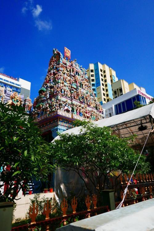 2日目<br />リトルインディアのスリ・ヴィラマカリアマン寺院