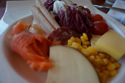 野菜 ハム チーズ サーモン