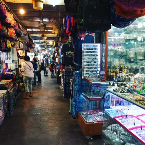 シェムリアップオールドマーケットです。