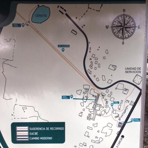 シェルハ遺跡の全体マップ。<br /><br />真ん中に見える400m近いサクベが目を引く。このサクベもしっかり見学が可能です。