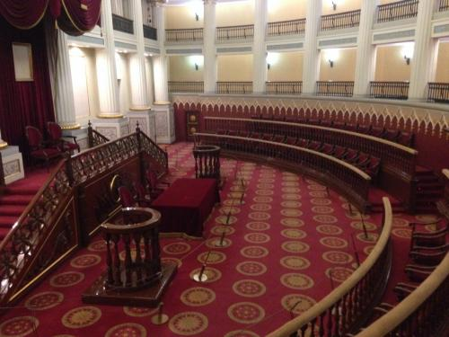 ここは昔の議事堂です。