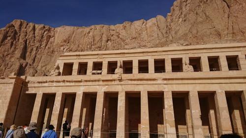 神殿は三階建て?