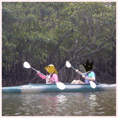 昨年10月にカヌーで河口湖におちた友人を目の当たりにした私たち。<br />かなりカヌーに恐怖心を覚え、より安定感があるという2人乗りを選択。<br />ふだんは絶対1人乗りをえらぶのにね。