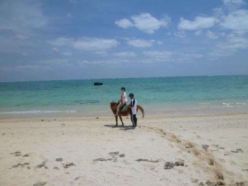 海岸へでたら当然足元が砂なんで疲れる。