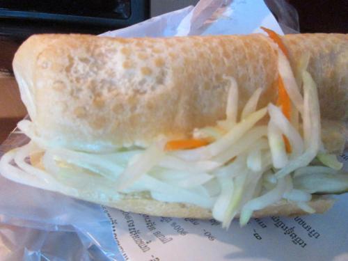 パンがおいしい。サンドイッチです。