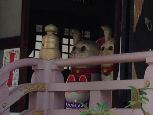 あと招き猫発祥の地だそうです。<br />そういえば世田谷の豪徳寺も招き猫発祥の地と言われていますね。