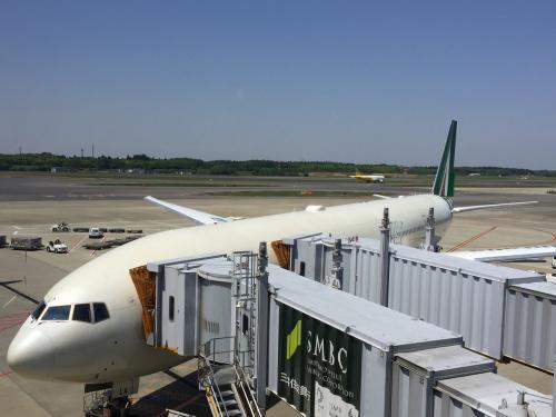 GWのヨーロッパ旅行は、ベルギーより、イタリアのローマ経由でアリタリア航空で成田に帰ってきました。 <br /><br />今回の旅は、デルタ航空のマイレージ特典旅行で行きと帰りを別々に申し込み、帰りに関しては何故か、成田帰着よりもこの後台北まで移動するルートでの予約のほうが何故か良いスケジュールが取れたこともあり、そのチケットを予約。 <br />成田→台北は当日キャンセルが必須という事で、成田空港の第2ターミナルまで移動してキャンセルをしに行ったりしてたら、いつの間にかめっちゃ時間食ってしまいました!