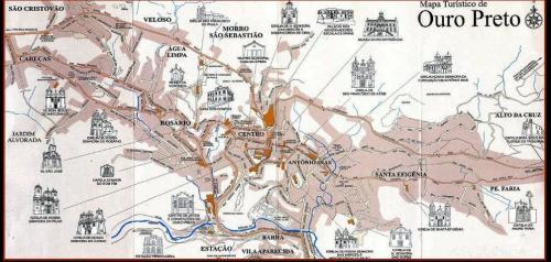 Ouro Preto(オウロ・プレト)の観光地図<br />(出典:mapasblog.blogspot.jp)<br />オウロ・プレトは Serra do Espinhaco(エスピニャソ山系)の斜面にお金持ちの居住地として発達した街であり、標高差は 600mもある。街歩きというより山登りの感覚である。<br />