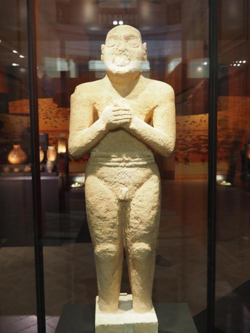 祈る男<br />タールート島<br />BC2900~2600頃