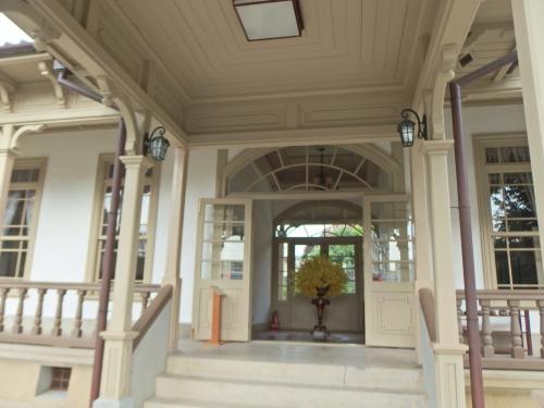 1900年竣工。<br />当初は「台南縣内務部長官舎」と名付けられていたそうですが、組織改編で「台南廳長官舎」へ。<br />2001年古蹟指定。2016年に修復工事が終了し一般公開へ。<br />