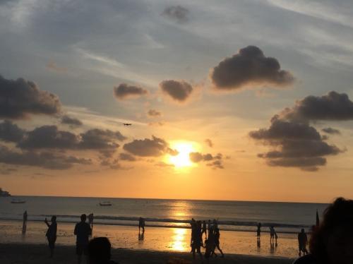バリ島の美しい夕陽