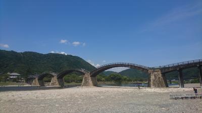錦帯橋にやってきました^^<br />何度も来てるけど、夏は初めてです。