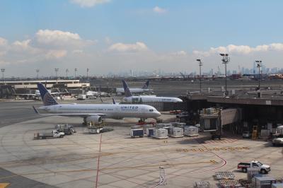 9/15 ニューヨーク1日目<br /><br />Torontoからの便でNewark着<br /><br />NJ Transitと地下鉄を乗り継いでBrooklynのホテルまで移動