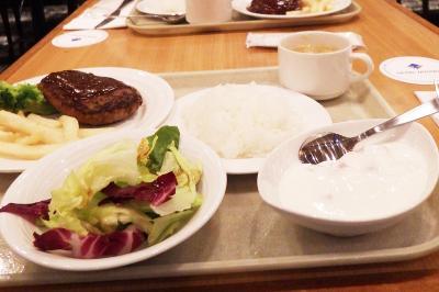 成田泊の夕飯