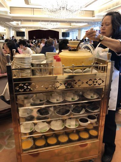 美心皇宮の飲茶回転式です。どれも美味しいです。