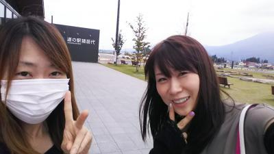 福島空港へはANAマイレージで!<br />レンタカーを借りて会津若松へGO!<br /><br />道の駅猪苗代湖にて。
