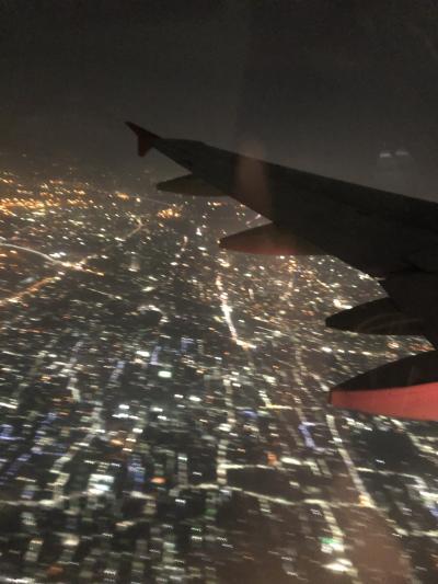 インディラガンディー国際空港19:35発<br /><br />コルカタ経由、安定のLCC。<br /><br />バンコク スワンナプーム空港へ。<br /><br /><br />自分だけかピンピンしていて、<br />友達は腹痛などなど。<br />10分たりともトイレから離れられない状態。<br /><br />関節痛も出始めたらしく、少し焦り始める。<br /><br /><br />番外編は主にお友達2人の看病日記です。