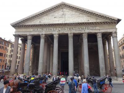 よっしゃ、行ったろじゃないの!!ローマとやらへ!!<br /><br />乗りやすい喜多は決心したのでした。人生最後の(になるかもしれない)海外旅行を、西洋文明発祥の地で締めてやろうじゃないの!<br />弥次に異存のあろうはずはありません。今度の弥次喜多道中はぶっ飛んでヨーロッパ!!! 古代の奇跡パンテオン目指してGO!!<br />