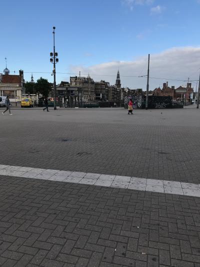 アムステルダム セントラル駅前1