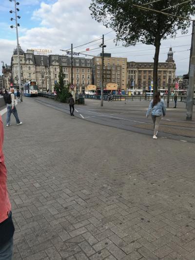 アムステルダム セントラル駅前2