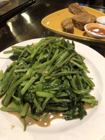 青菜炒め これも美味しいですが<br />量が多い!食べ切れませんでした。