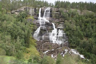 ツヴィンデの滝