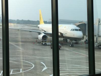 9:45 成田空港集合<br />10分の遅延、11:55出発。