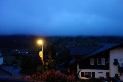 ■■■3日目(月)■■■<br />6:00 起床。予想通り雨!<br />マウンテンビューのはずなのに、アイガー存在しないレベル(泣)