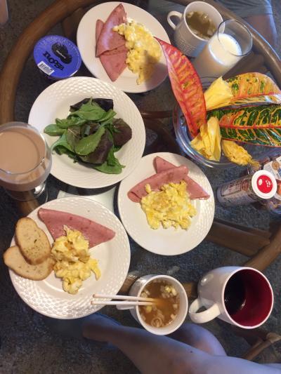 【6日目Part1のスタート】<br />キヘイ・アカヒ・コンドミニアムでの朝食