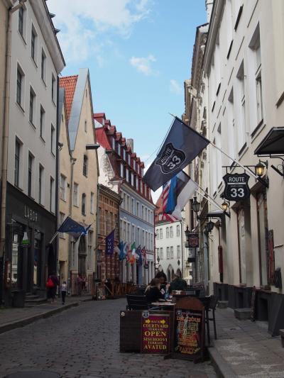 昼食後、旧市街に戻って散策します
