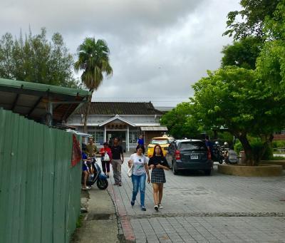 台鐵隆田駅から電車に乗り、約40分。<br />台南駅の隣の駅、保安駅に到着!<br /><br />駅からは歩いて奇美博物館へ向かいます!
