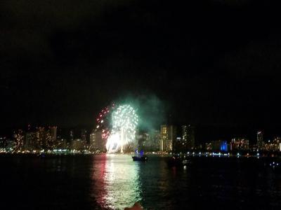 船から見た花火