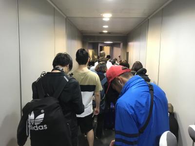 さあ那覇空港へ向かいましょう!