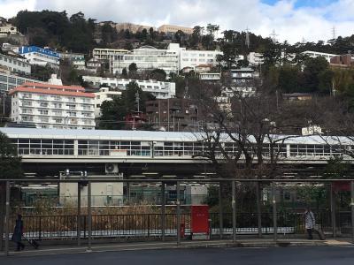新幹線熱海駅です
