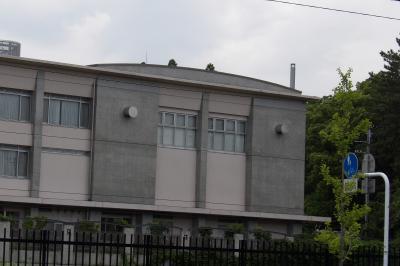 中途半端な丸屋根の野庭地区センター・野庭地域ケアセンター。